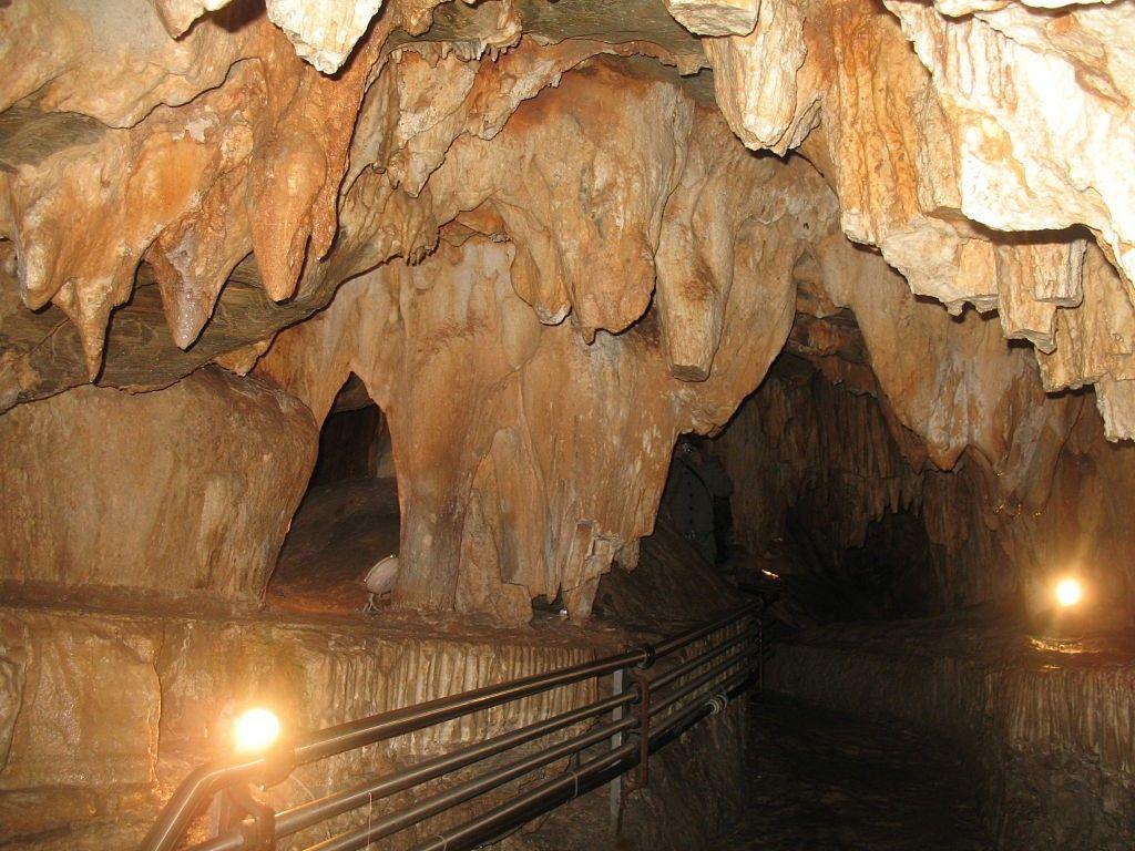 Grotte_di_Toirano_(44)_opt
