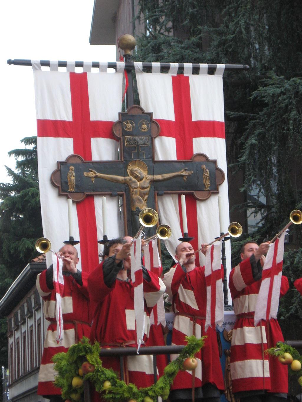 Il Carroccio durante la sfilata storica del Palio di Legnano