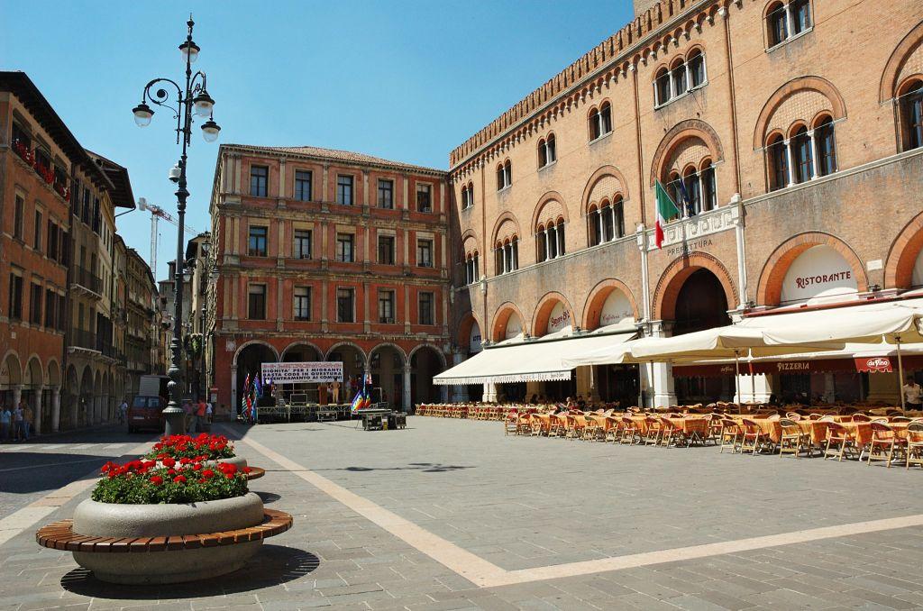 Boutique Hotel Piazza Carit Ef Bf Bd Napoli