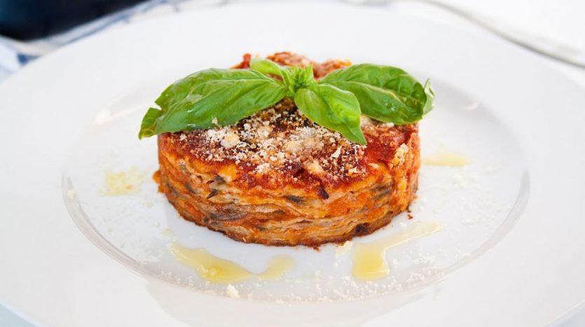 Aubergine parmigiana photo ilcrudoeilcotto