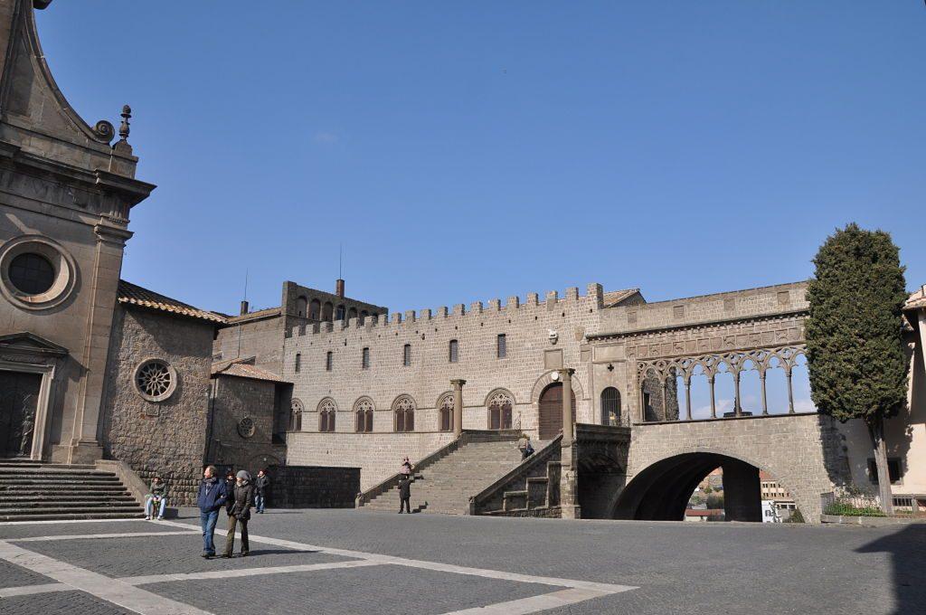 Palazzo-dei-Papi-Viterbo2013a_opt