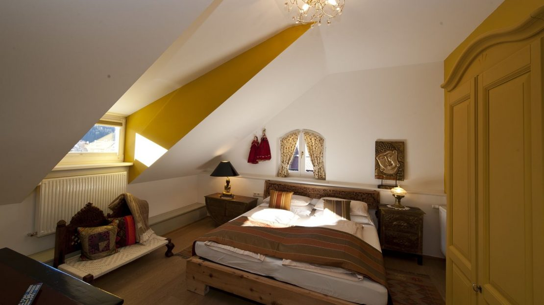 Pet Friendly Rooms At The Cramwell Hotel Lenox