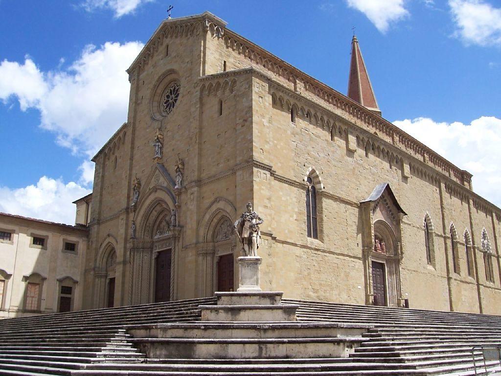 Arezzo-duomo_opt