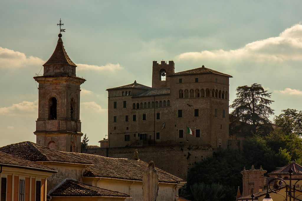 Castello_Malatestiano_Longiano_2_opt