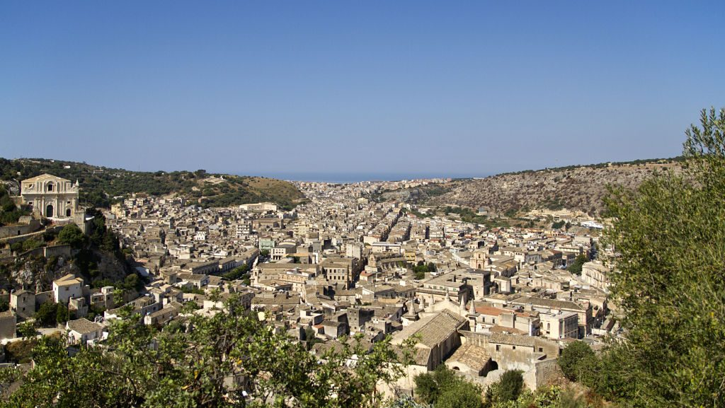 Scicli,_Ragusa,_Italy_opt