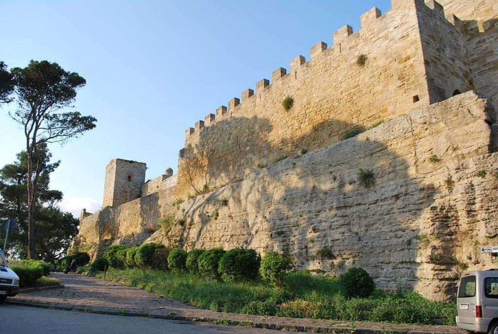 castello_di_lombardia_enna_-_torre_della_campana_2_opt