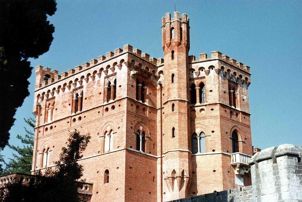 Villa Vistarenni For Sale