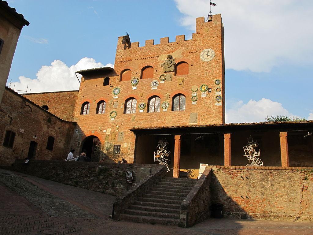 Tuscany Village Apartments Reviews