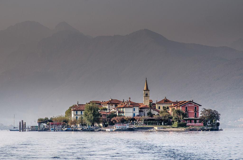 I borghi storici del lago maggiore e del lago d 39 orta in for Luoghi abbandonati nord italia